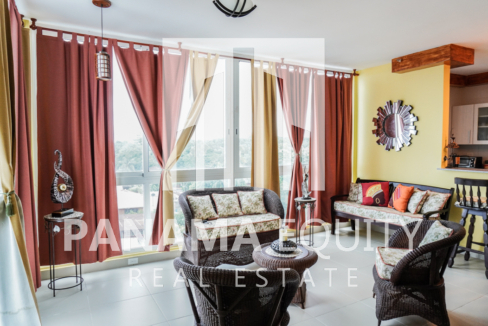 Two-Bedroom Apartment for Sale in Corona 3