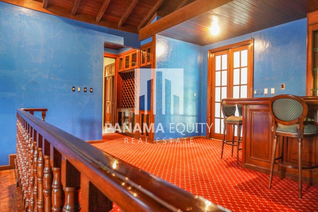 Two-Floor House Parque Lefevre for Sale 10