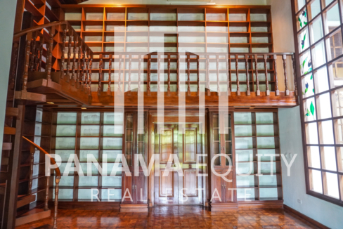Two-Floor House Parque Lefevre for Sale 12