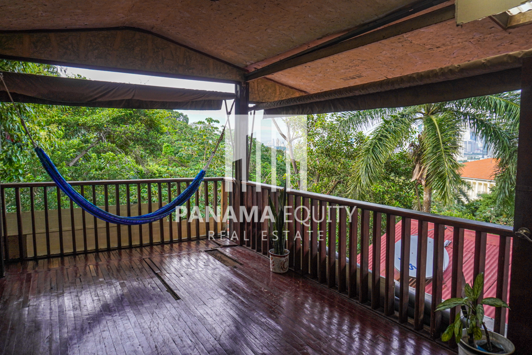 Two Houses for Sale in Ancon 12