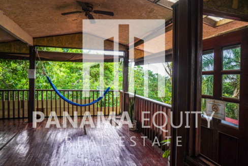 Two Houses for Sale in Ancon 13