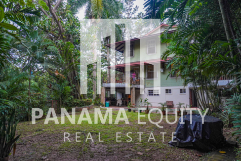 Two Houses for Sale in Ancon 30