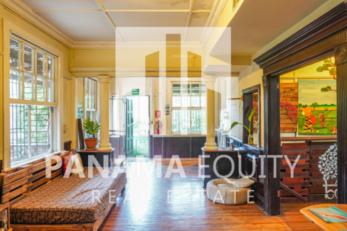 Two Houses for Sale in Ancon 5