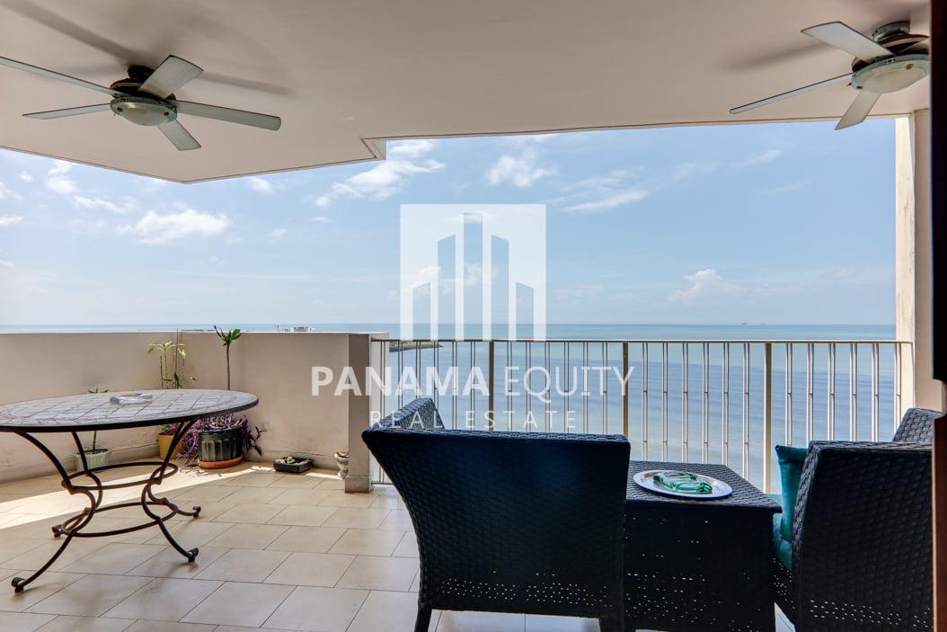 WOW! Vistas al mar en uno de los barrios más emblemáticos de Panamá