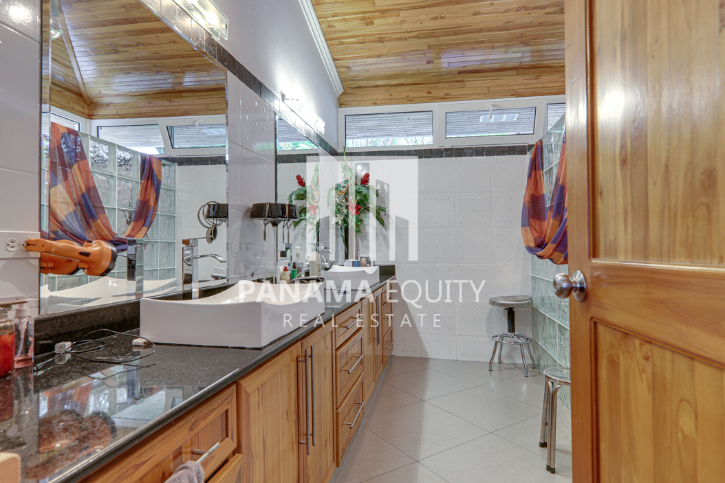 coronado panama beach house for sale27