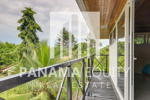 coronado panama beach house for sale39