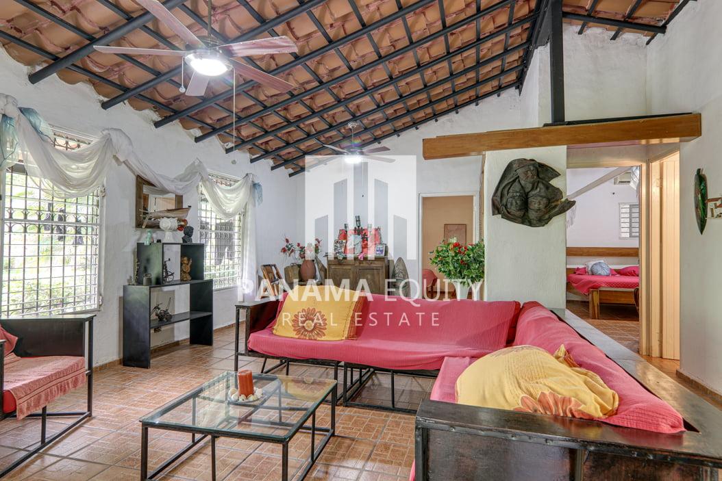 coronado panama beach house for sale42