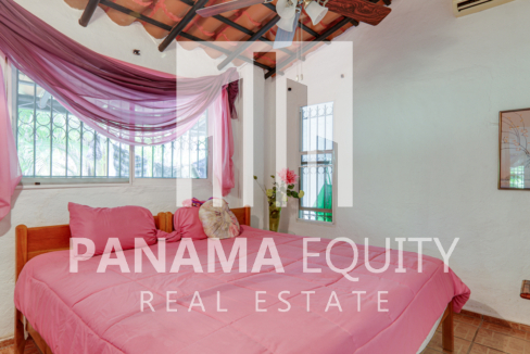coronado panama beach house for sale44