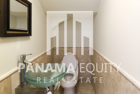 guest bathroom(1)
