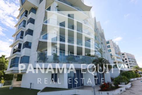 Spacious and Bright Furnished Loft Apartment For Rent in PH Naos Causeway Amador(19)