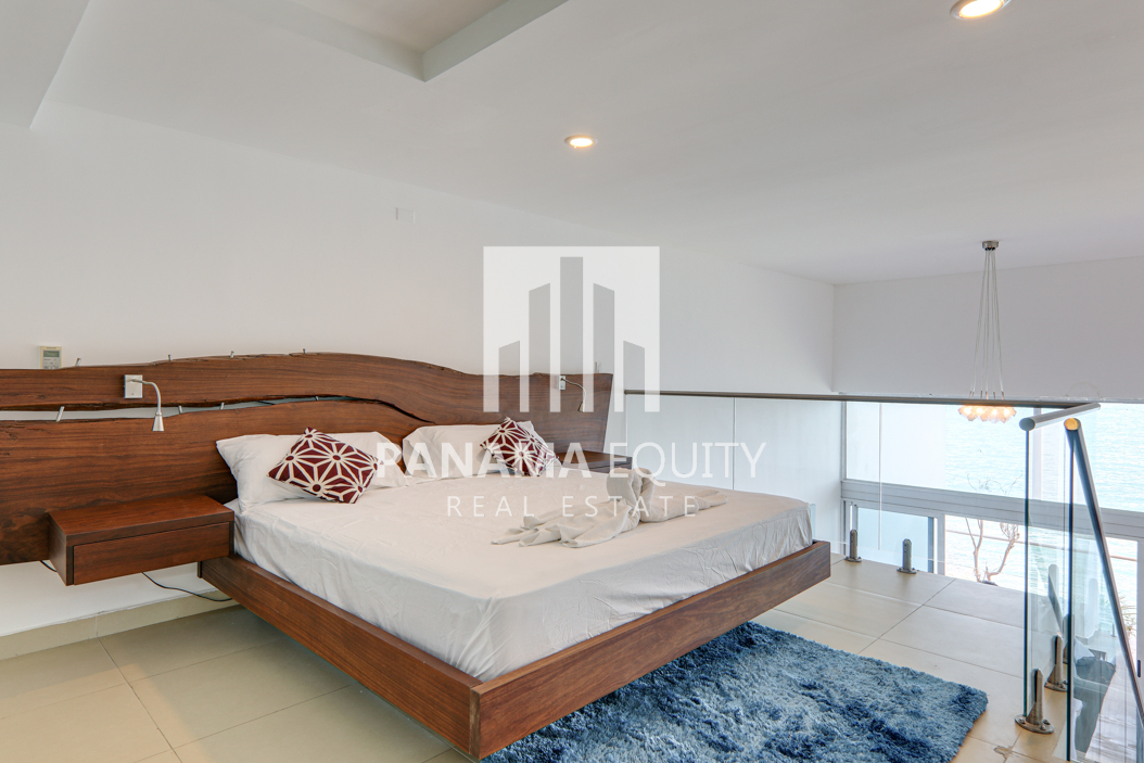 Spacious and Bright Furnished Loft Apartment For Rent in PH Naos Causeway Amador(24)