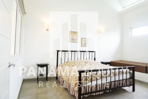 Valle de Toscana For Sale 11