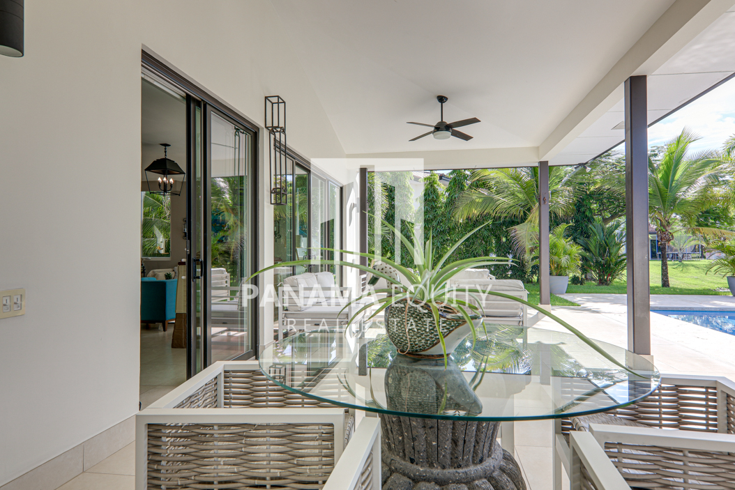 laguna buenaventura panama beach villa home for sale11