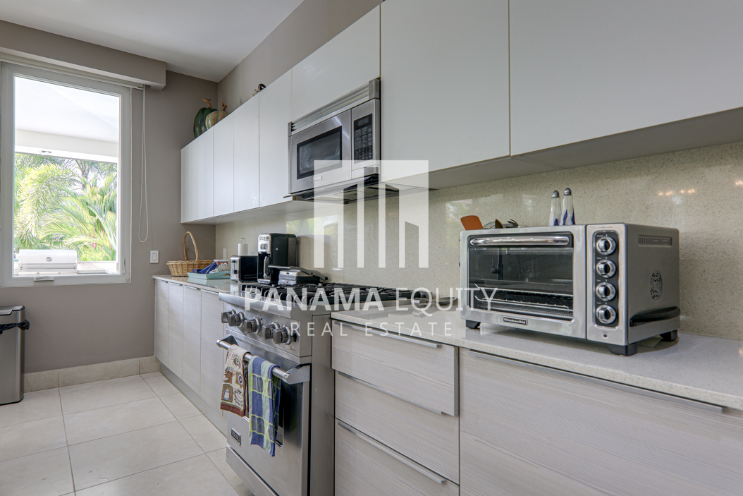laguna buenaventura panama beach villa home for sale21