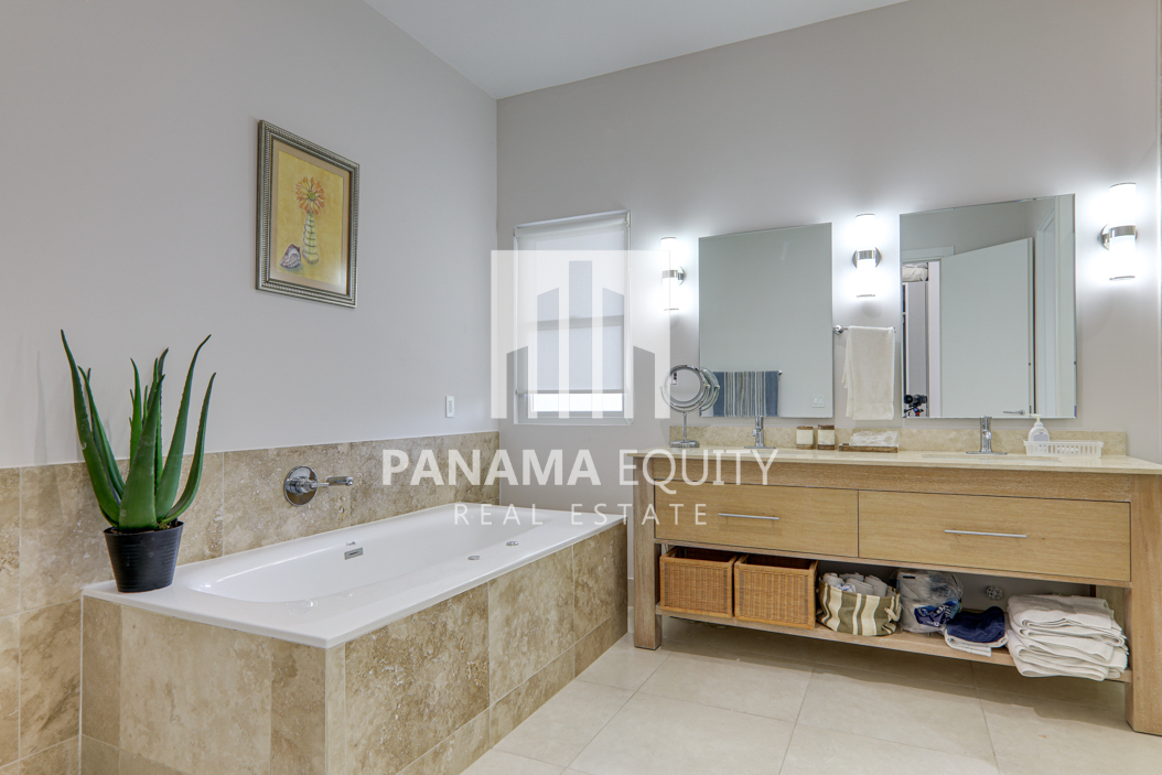 laguna buenaventura panama beach villa home for sale33