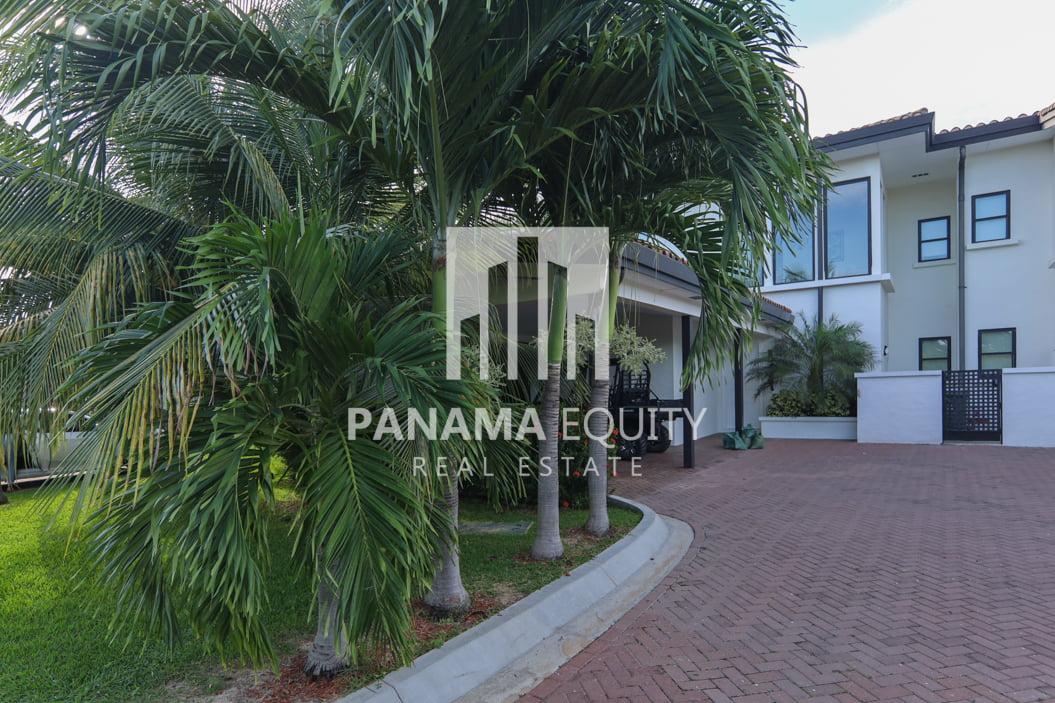 laguna buenaventura panama beach villa home for sale47