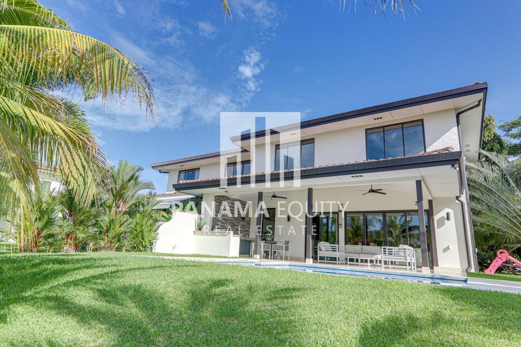 laguna buenaventura panama beach villa home for sale8