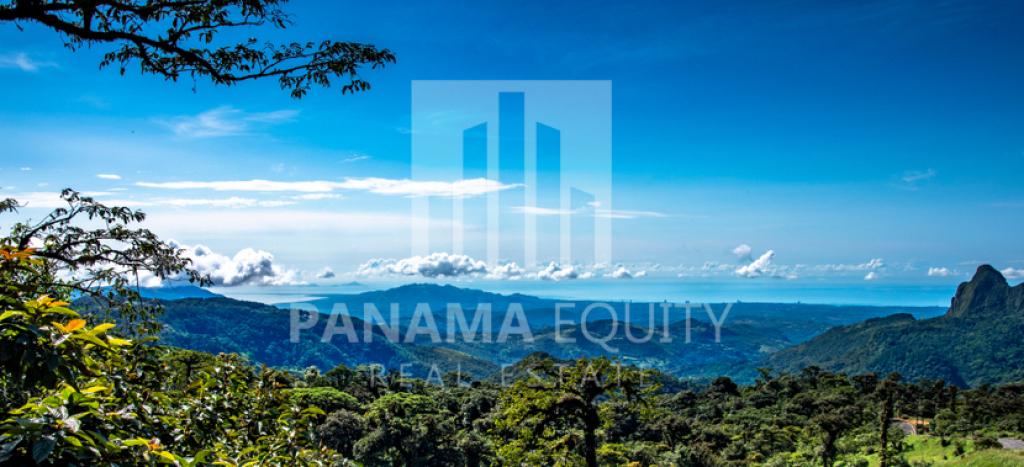 mountains-in-Panama-altos-del-maria