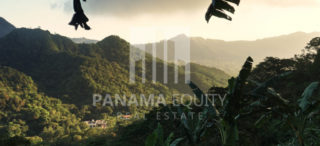 best places to live in Panama - El Valle